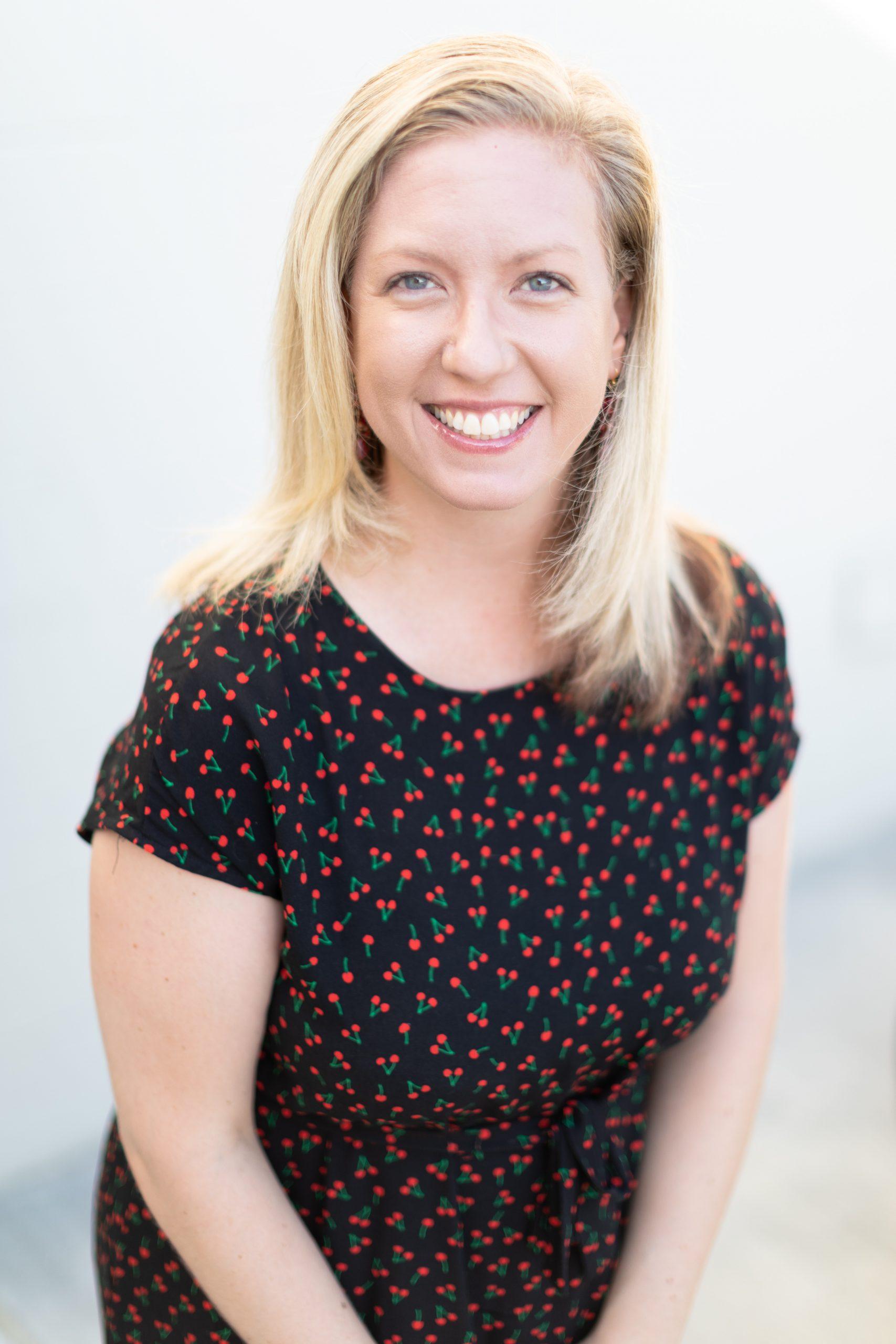 Lauren Prof Headshot 04-high res